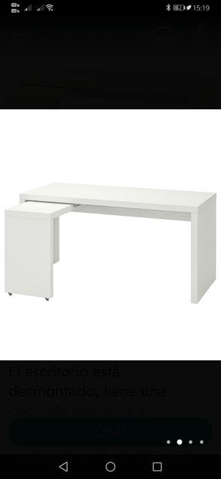 escritorio Ikea malm