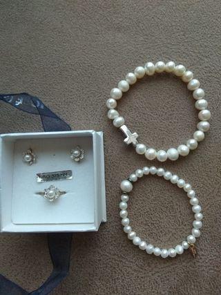 Pendientes y anillo de ORO más pulseras de niña.