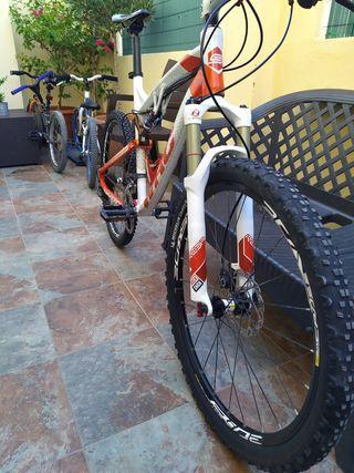 Bicicleta Conor WRC DSTEAM doble suspension.