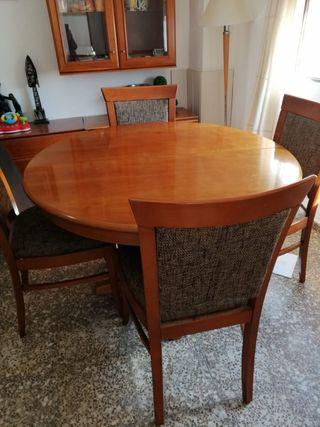 Mesa extensible comedor + 4 sillas + 2 sillones