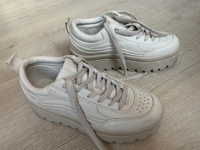 Zapatillas piel con plataforma