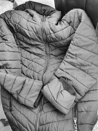 Abrigo premamá H&M talla M
