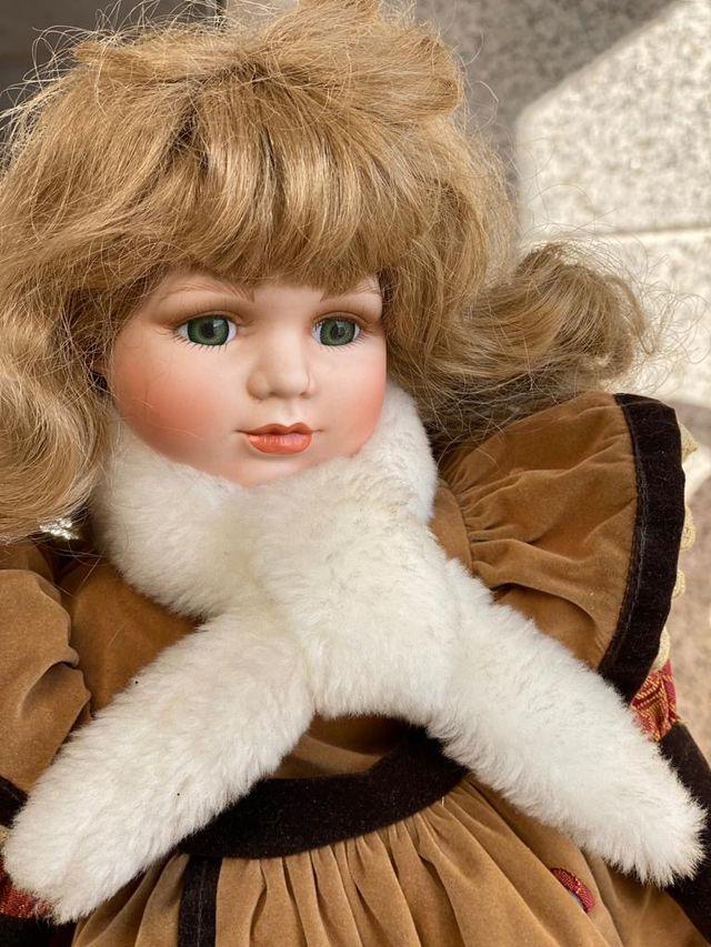 Muñeca porcelana vintage