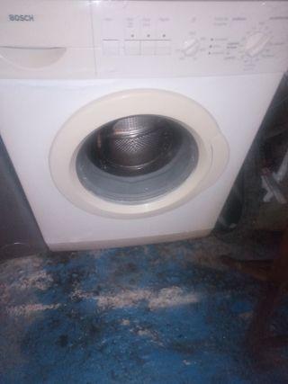 se ende lavadora de 6kg marca bosch en b. estado