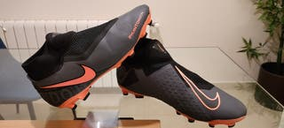 Botas de fútbol Nike Phantom Ghost