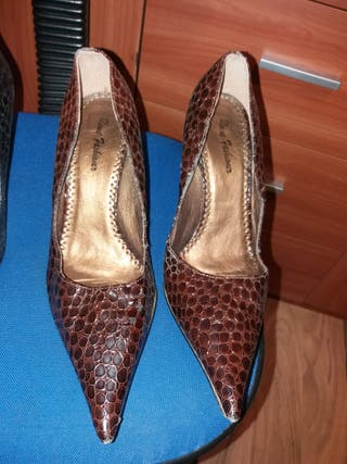 zapatos de tacón fino