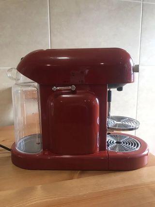 Maquina de café Nespresso Maestria