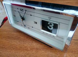 reloj despertador antiguo cuerda plaquetas flip