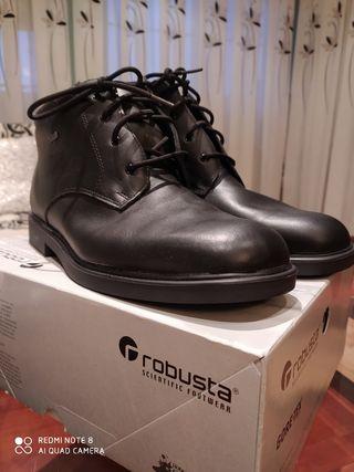 Botas GORE-TEX/ROBUSTA talla 47