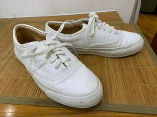 zapatillas tipo vans de ZARA