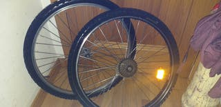 ruedas de bicicleta