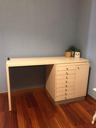 URGE venta! Mesa con cajonera