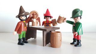 Playmobil Ronda de cerveza en mesón medieval Belén