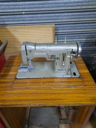 maquina de coser con motor