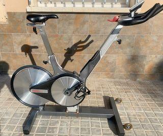 Bicicleta de Spinning modelo Keiser M3