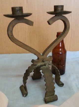 Candelabro en hierro. Estilo Medieval.