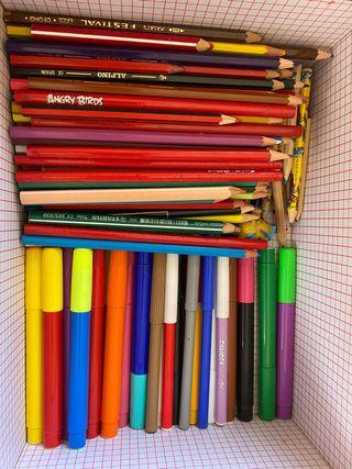 Lápices de colores y rotuladores