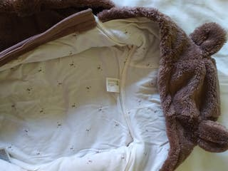 buzo Pelele de osito de bebé talla 62 cm