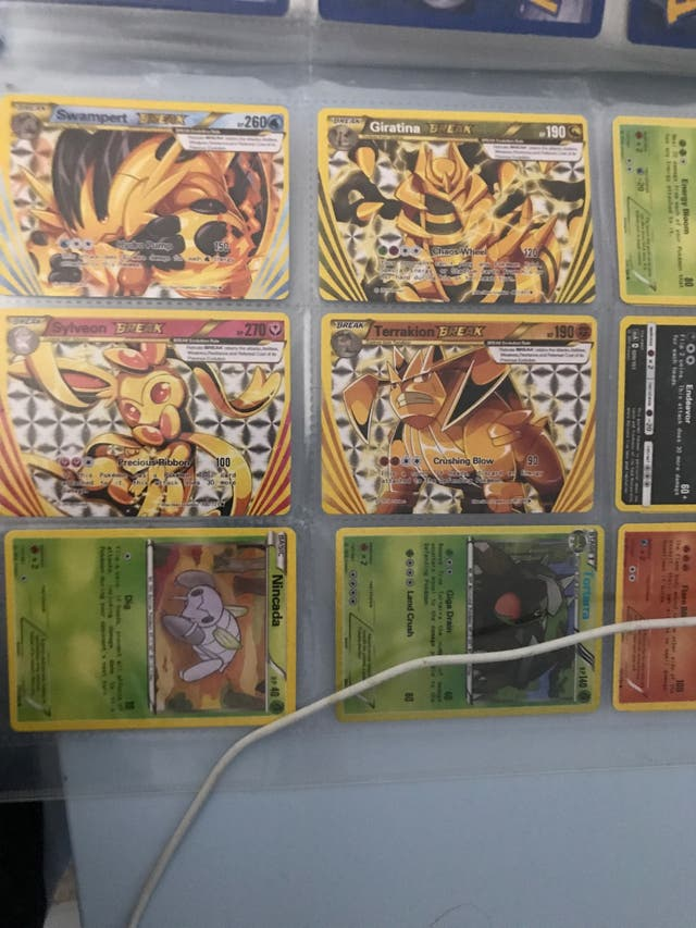 PSA 9 Pokemon Booklet 10+Rare