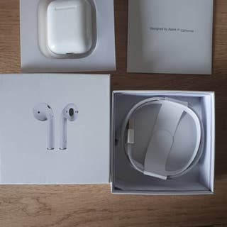 Apple Airpods 2nd gen 1:1 brand new sealed.