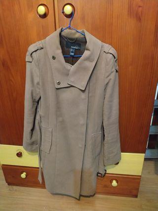 Abrigo marrón Mango