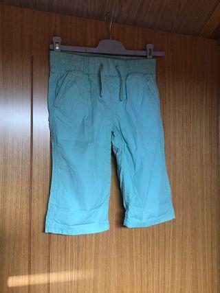 Pantalón pirata azul, niña. Talla 10 años .kiabi