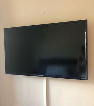 Television LED 32 USD HDMI - NUEVA