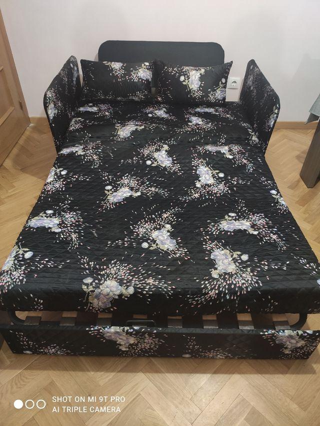 Sofá cama.