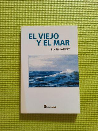 """libro """" El viejo y el mar"""""""