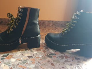 botas estilo militar negras