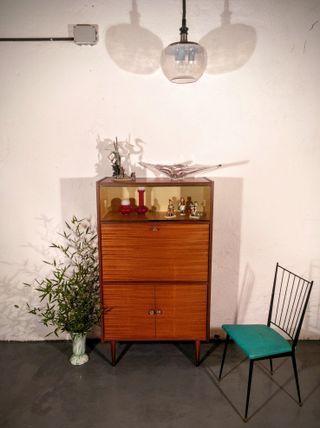 Vitrina/buffet con puertas correderas, 60's.