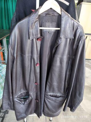 chaqueta larga piel hombre