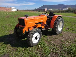 tractor Kubota 7030 DT
