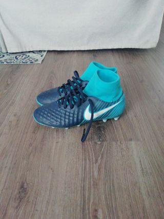 botas de futbol magista con calcetín