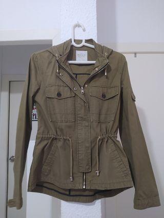 chaqueta mango caqui talla S