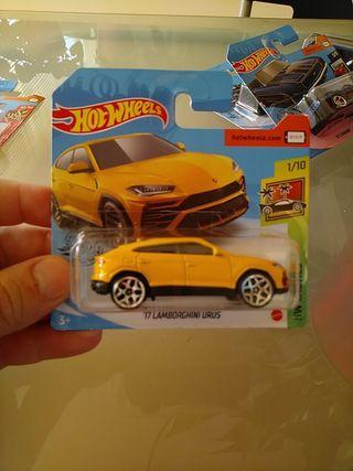 Hot Wheels Lamborghini Urus 17