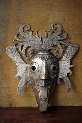 Mascara bronce indonesia