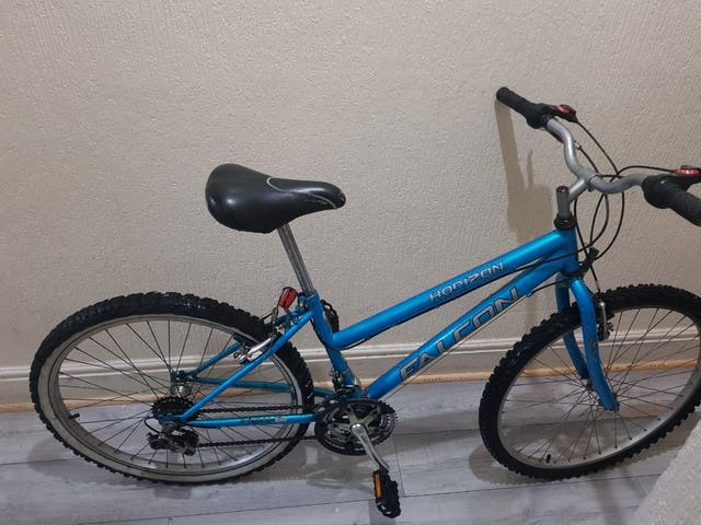 mountain bike with lock -i can deliver