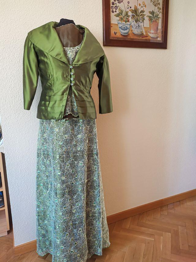 vestido madrina,fiesta tres piezas,falda larga,top