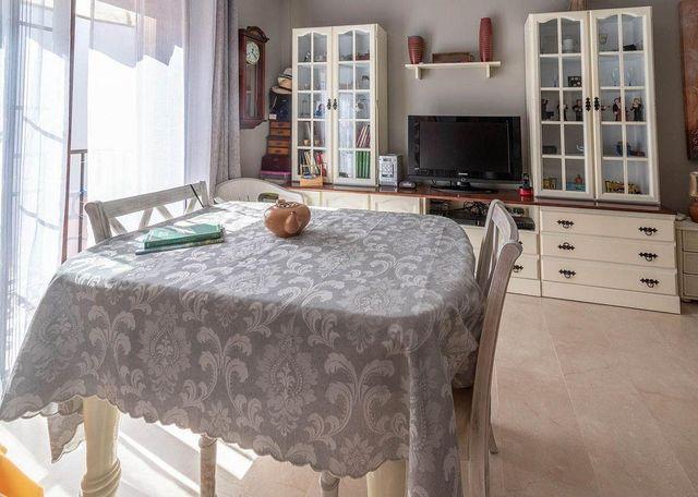 Piso en venta en Zona Puerto Deportivo en Fuengirola (Fuengirola, Málaga)