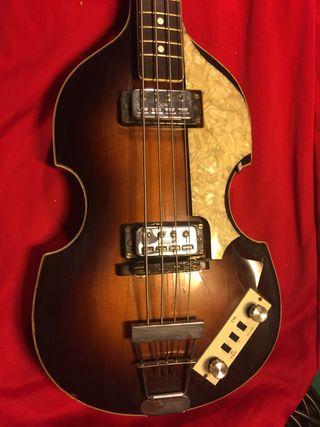 Bajo Hofner violin de los 60s