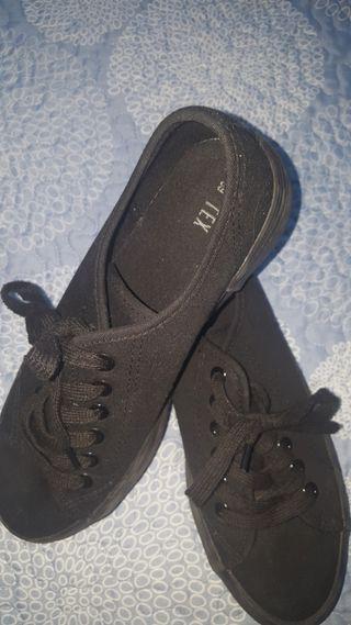 zapatillas lona negras