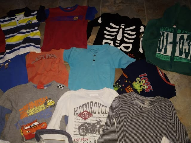 Lote de ropa. Talla 3-4 años