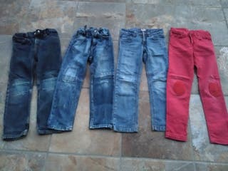 Lote pantalones. Talla 4-5 años