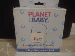 Esterilizador de chupetes marca Planet Baby