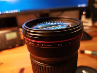 Canon 200 mm. f 2.8 L II