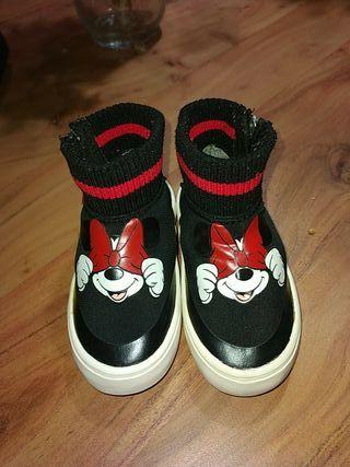 Zapatillas Zara talla 22
