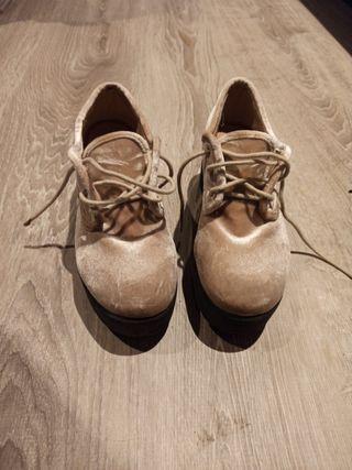 zapatos rosa claro aterciopelados