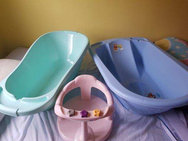 2bañeras y silla de ducha