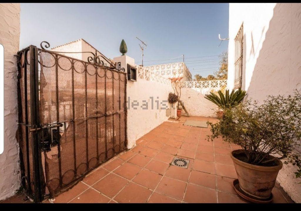 Casa en venta (Urbanización Puerto de Estepona, Málaga)
